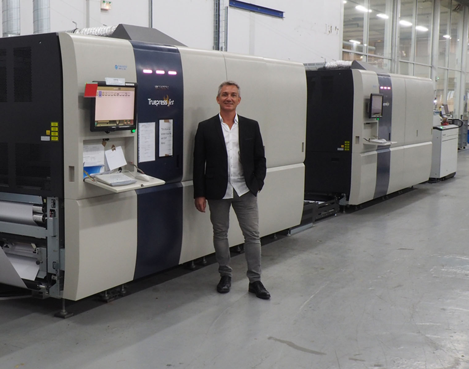 Image from LEADING FRENCH PRINTER TAGG INFORMATIQUE CITES TEN PERCENT TURNOVER INCREASE TO ITS DIRECT MARKETING ACTIVITIES SINCE INVESTING IN SCREEN TRUEPRESS JET520HD
