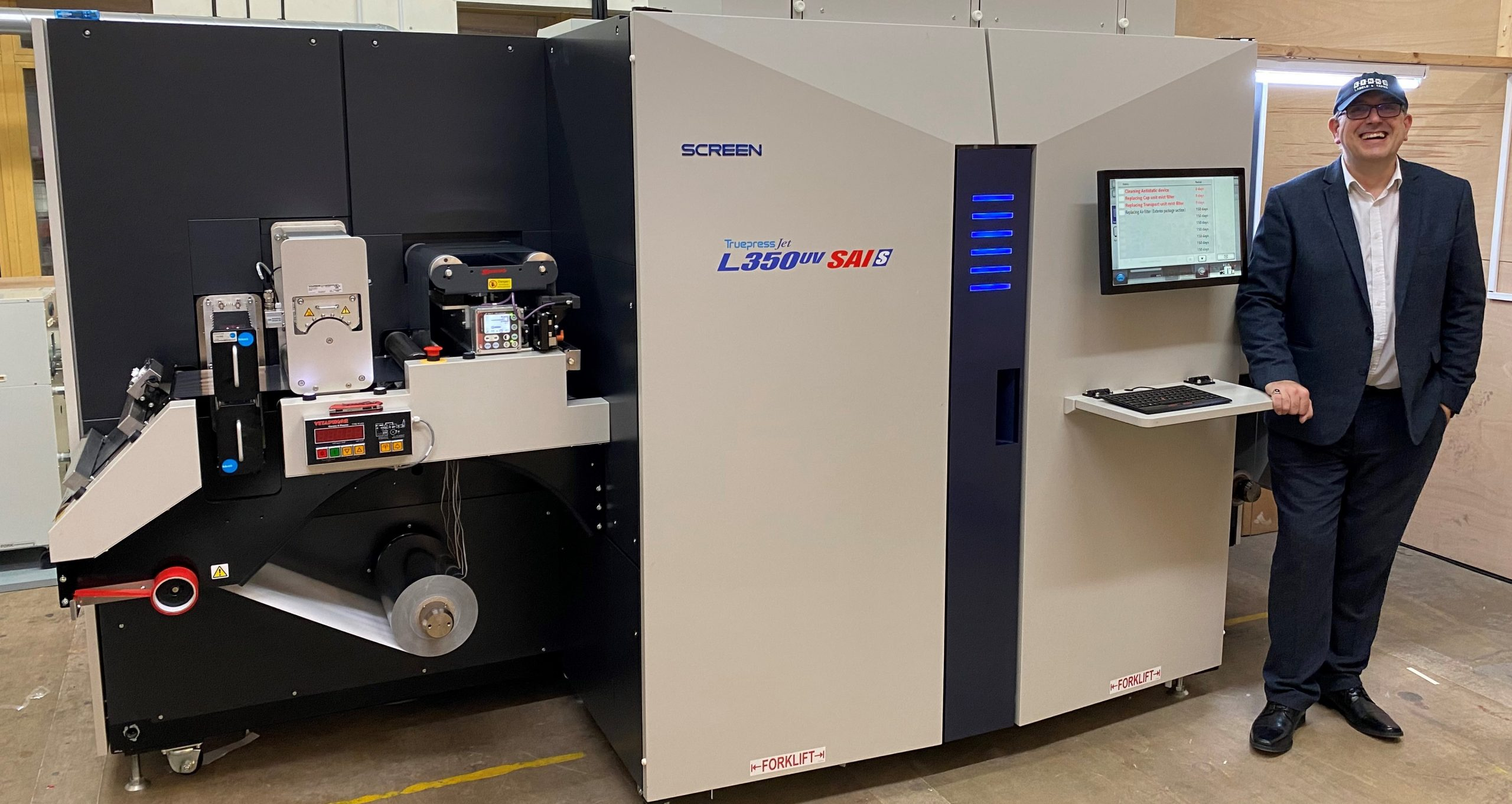 Image from Links Labels & Tapes responds to a market need for shorter lead times by investing in Screen's Truepress SAI S 5-colour